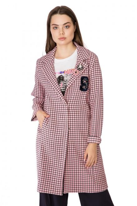 Пальто женское однобортное персиковое в черную клетку Rich & Royal