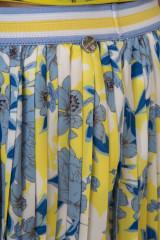 Юбка плиссированная миди белая в цветочный принт Rich & Royal