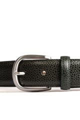 Ремень мужской кожаный темно-зеленого цвета с серебристой пряжкой Barker