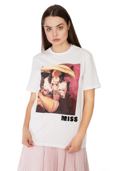Футболка женская  белая с принтом Miss Sixty