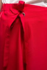 Штаны женские красного цвета длиной широкие на поясе Sfizio