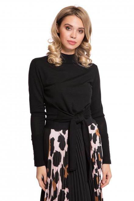 Пуловер женский с высоким воротником и завязывающимся поясом черный Steffen Schraut