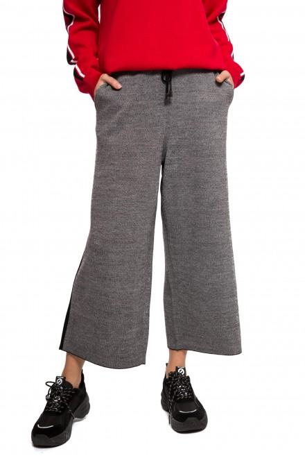 Штаны женские свободные на завязках серого цвета UNQ