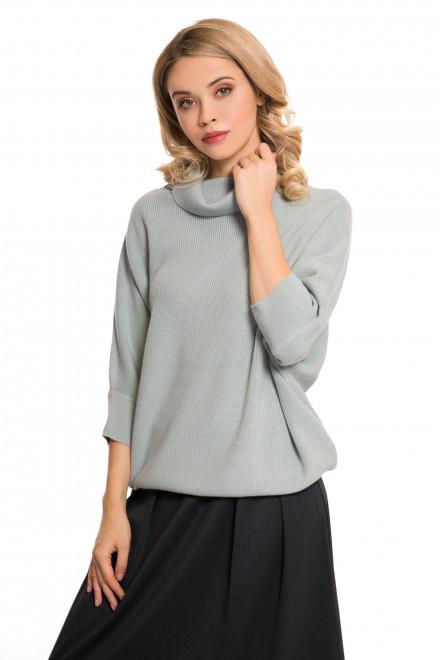Пуловер женский светло-голубой UNQ