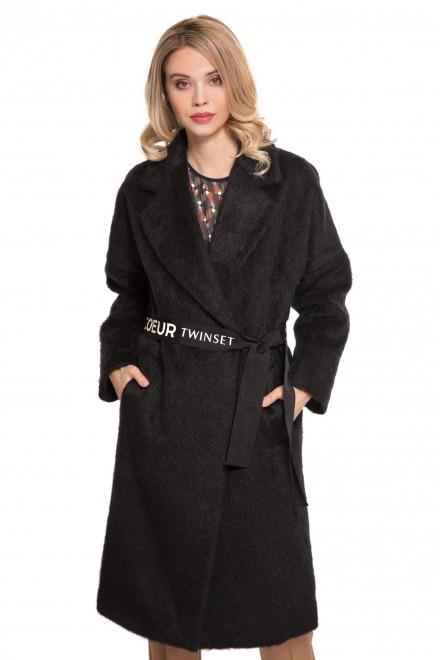 Пальто женское двубортное с широкими лацканами и поясом черного цвета Le Coeur