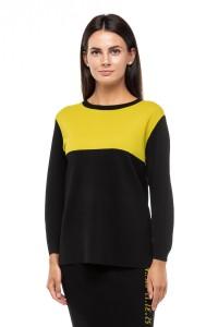 Пуловер женский черного цвета оверсайз UNQ