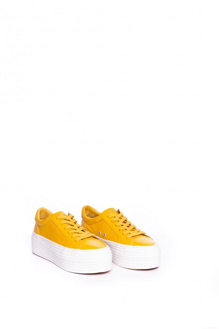 Сникеры женские желтого цвета на высокой подошве No name