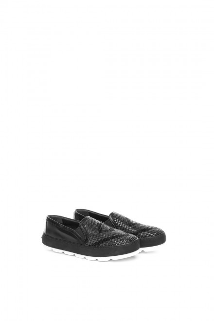 Туфли женские спортивного типа черные с овальным носком Luis Onofre
