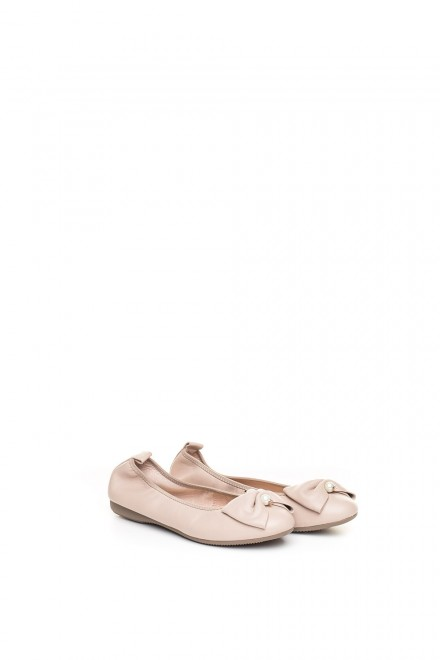Туфли женские (балетки) пудровые с овальным носком и бантом La Ballerina