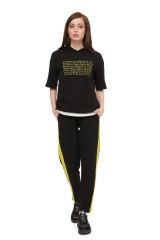 Пуловер женский черного цвета UNQ 3