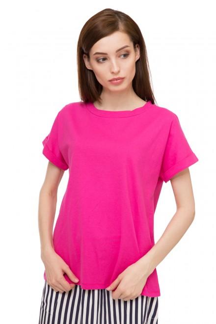 Футболка женская с коротким рукавом розового цвета UNQ