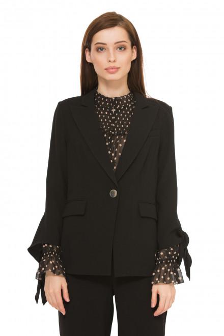 Пиджак женский однобортный на пуговице черного цвета с завязками на рукавах Steffen Schraut
