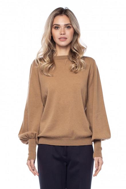 Пуловер женский песочного цвета Liviana Conti