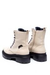 Ботинки женские зимние белые Pollini 1