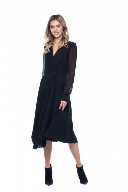 Женское платье с плиссировкой Beatrice .b