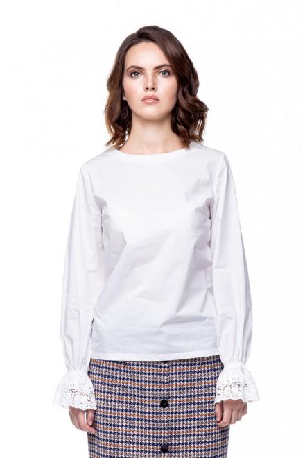 Блуза женская белая с оборками на рукавах Rich & Royal