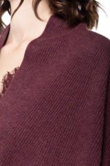Пуловер женский бургунди Repeat 3