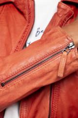 Кожаная куртка женская Oakwood 5