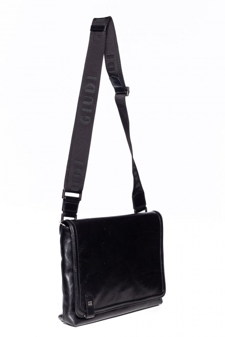 Черная сумка через плечо Giudi