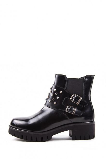 Ботинки из лакированной кожи черного цвета Andrea Morelli