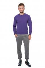 Пуловер мужской фиолетовый пол облегающий с символикой бренда Harmont&Blaine
