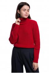 Пуловер женский с высоким горлом короткий красного цвета Weill
