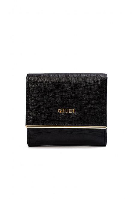 Кошелек женский черного цвета кожаный с золотым логотипом Giudi