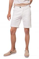 Шорты мужские белого цвета длиной до колена North Sails