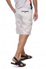 Шорты мужские белого цвета с накладными карманами и логотипом Harmont & Blaine