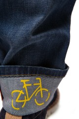 Джинсы мужские грязно-синего цвета свободного кроя с подворотами Alberto