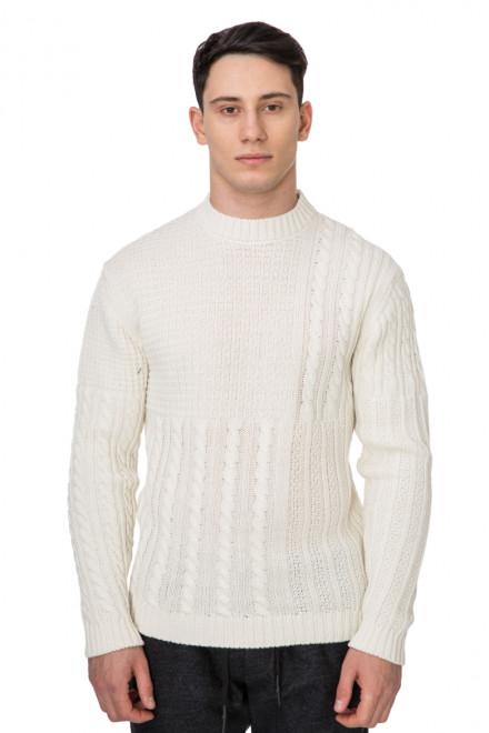 Пуловер белый Wool & Co
