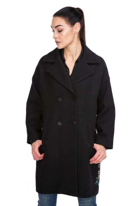 Пальто женское двубортное черное с принтом Beatrice