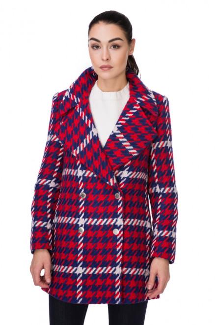 Пальто женское двубортное на четыре пуговицы красное Steffen Schraut