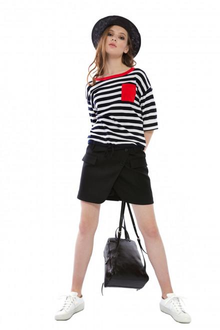 Юбка женская черного цвета с запахом спереди короткая Miss Sixty