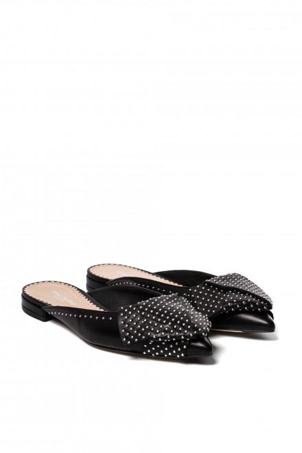 Туфли женские с закрытым носом на низком ходу The Seller