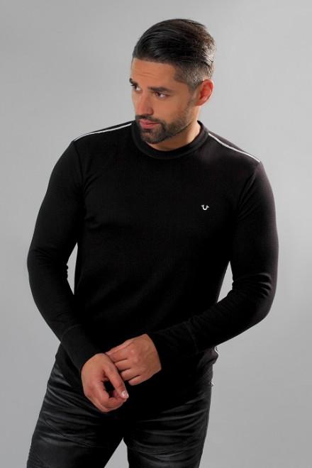 Пуловер мужской из черного трикотажа облегающий с логотипом бренда True Religion