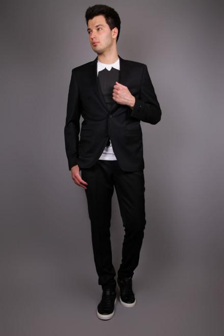 Костюм мужской  (двойка) черного цвета с однобортным пиджаком и узкими брюками Junk de Luxe