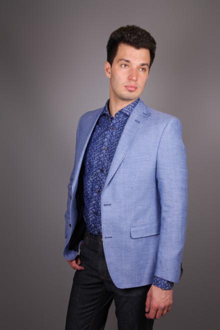 Пиджак мужской однобортный из костюмный из ткани светло-голубого цвета Carl Gross