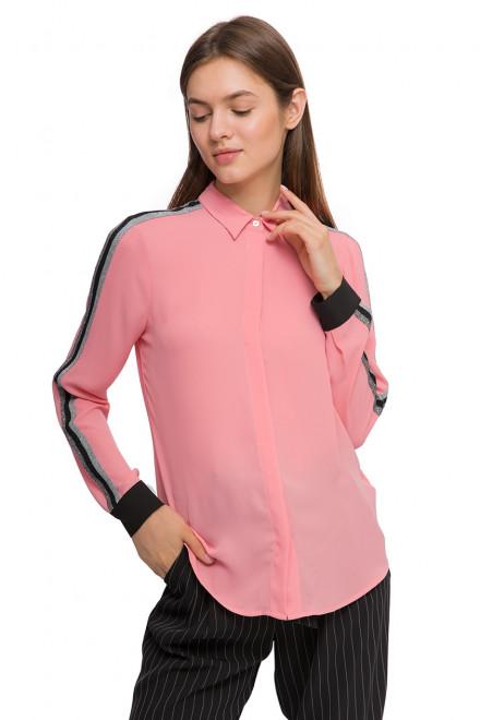 Блуза женская с длинным рукавом нежно-розовая Sfizio